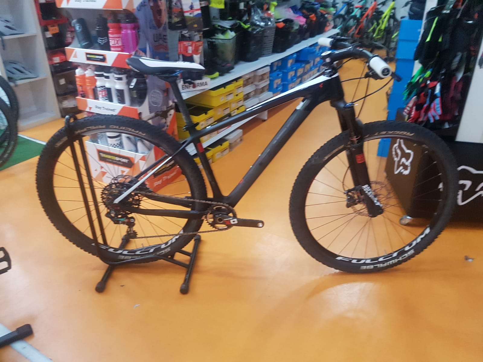 bicileta de carbono