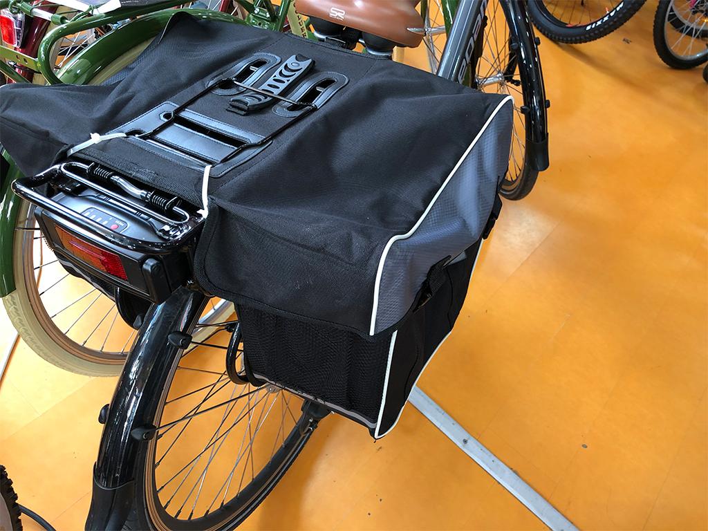 bicicleta-electrica-ciudad-hombre