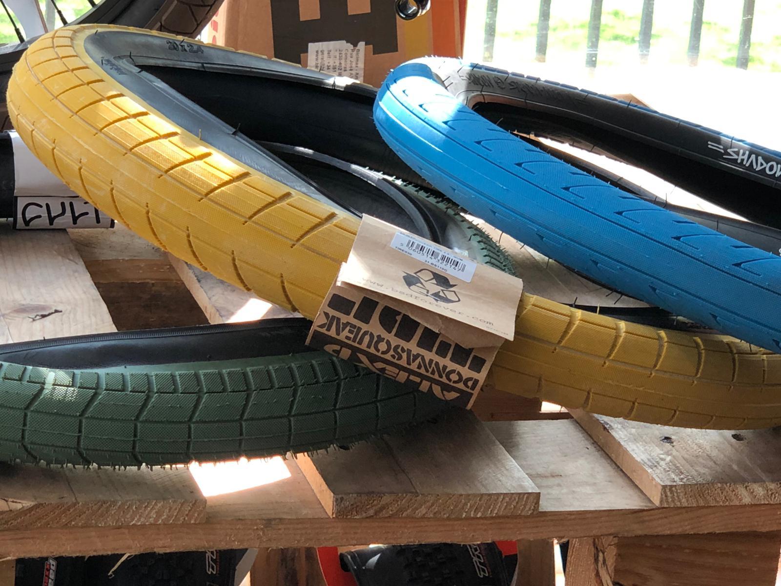 cubiertas y ruedas bmx